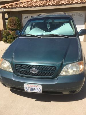 Kia minivan for sale for Sale in Riverside, CA