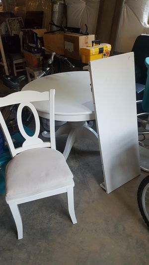 White wood kitchen table set for Sale in Rockville, MD