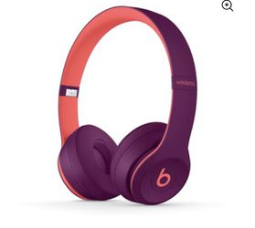 Beats solo3 wireless willing to negotiate in price throw me offers for Sale in San Antonio,  TX