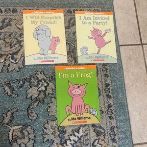 An elephant and piggy book 12 For All Three Or 5 Each for Sale in Hilliard, OH
