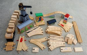 THOMAS and FRIENDS TANK ENGINE TRAIN RAILROAD PARTS - $25 (San Pedro) for Sale in Los Angeles, CA