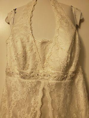 Halter Wedding dress Size 18W for Sale in Fairfax, VA