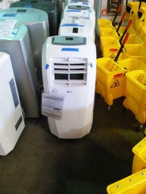 LG 10000 BTU Portable Air Conditioner for Sale in Phoenix, AZ