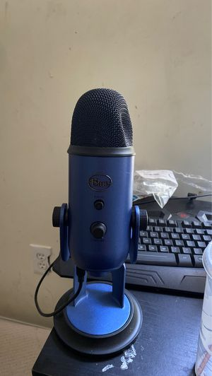 Blue yeti for Sale in Brentwood, NC