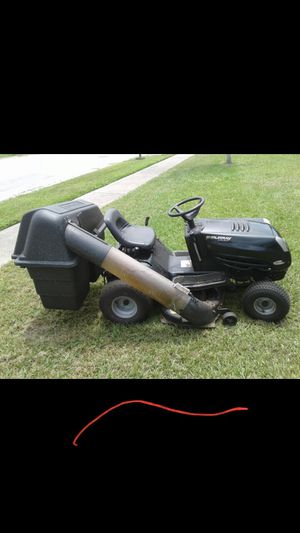 Murray select riding lawn mower with bagger system for Sale in Tarpon Springs, FL