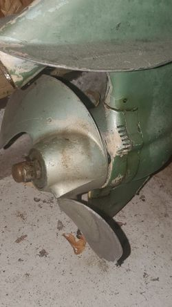 Vintage Johnson 5 HP Seahorse Outboard Motor From 1940s? for Sale in Chicago,  IL