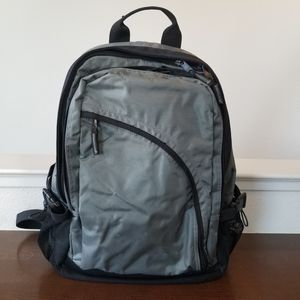 GAP Backpack - Excellent Condition for Sale in Pittsburg, CA