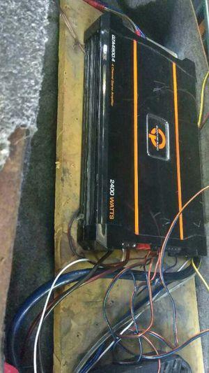 Amps. 2400 watts 4 channel for Sale in Baton Rouge, LA