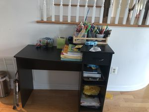 Computer desk with shelves for Sale in Livingston, NJ