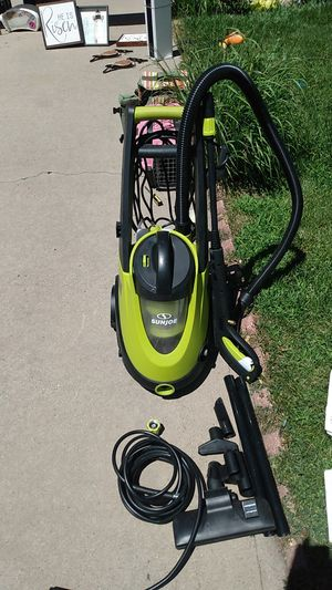 2in1 electric pressure washer+ wet/dry vacuum for Sale in Aurora, CO