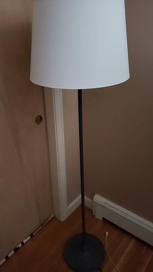 Floor lamp with Light MUST GO NOW!!!!! for Sale in Belmont, MA