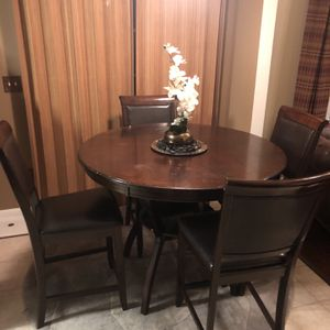 Dining Room Table for Sale in Raleigh, NC
