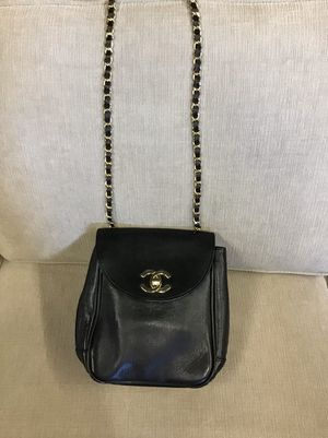 CHANEL vintage flap bag for Sale in Los Angeles, CA