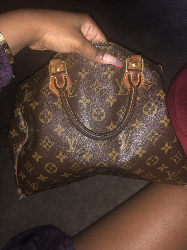 Louis Vuitton bag for sale