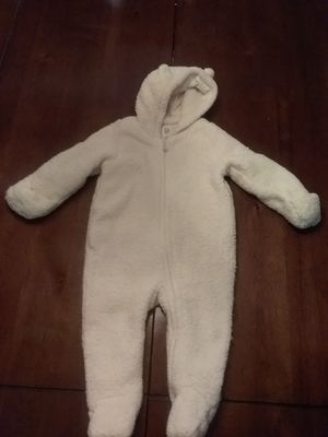 BABY GAP OFF WHITE WARM BODY SUIT VERY COZY for Sale in San Leandro, CA