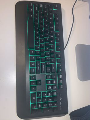 Teclado con luces for Sale in Sacramento, CA