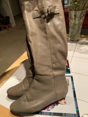 Steve Madden boots size 7 for Sale in Alexandria, VA