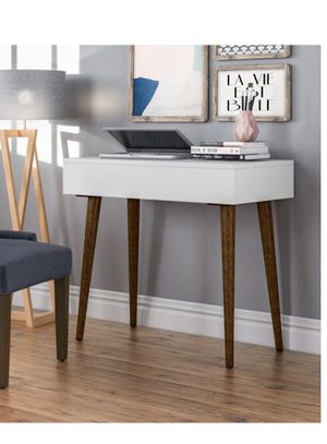 Office desk brand new in box for Sale in Miami, FL