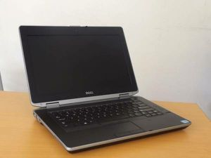Dell latitude 14.1 inch Laptop Windows 10,-$100.. firm on price for Sale in Rosemead, CA