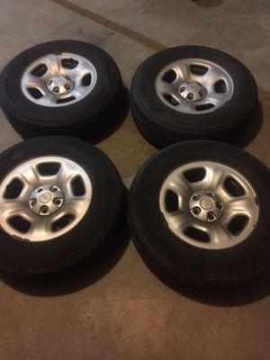 Tires for a Jeep Liberty 2005 for Sale in Durham, NC