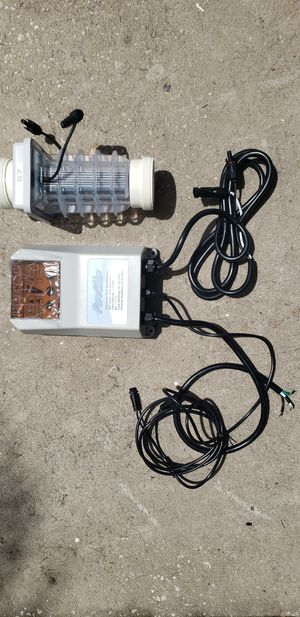 Pure Chlor/ Solaxx pool salt water system for Sale in Orlando, FL