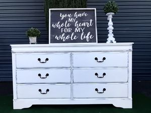 FARMHOUSE style DRESSER for Sale in Temecula, CA