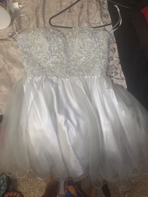 Silver prom/formal dress for Sale in Richmond, TX