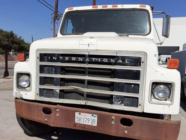 Dump truck International Mechanical motor stick shift