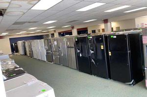 BRAND NEW REFRIGERATORS LIQUIDATION EVENT EF6ZV for Sale in Los Angeles, CA