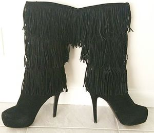 Mojo Moxy Suede Fringe Boots for Sale in Fort Lauderdale, FL