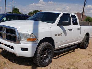 2013 RAM 1500 4x4 5.7 hemi for Sale in Odessa, TX