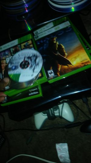 Xbox 360 4 games 2 controllers for Sale in Gaithersburg, MD