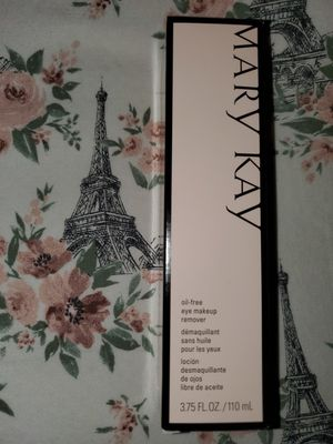 Mary Kay oil free makeup remover for Sale in Puyallup, WA