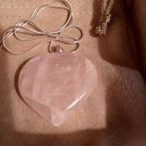 """Beautiful Pink Quartz Pendant With Chain 18"""" Sterling Silver New for Sale in North Las Vegas, NV"""