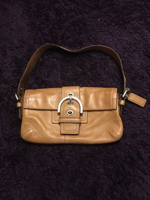 Vintage caramel leather Coach purse for Sale in Brecksville, OH