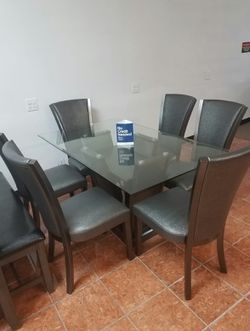 (SHOWROOM)[F2483] 7-PCS DINING SET GLASSTOP TABLE + 6 CHAIRS [ONLY $50 DOWN AND 90 DAYS TO PAY SAME AS CASH] for Sale in Irving,  TX