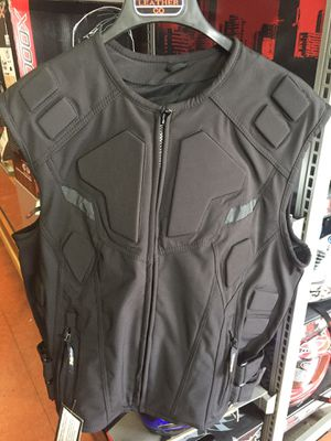New motorcycle armor sport vest $90 for Sale in Whittier, CA