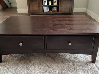 Coffee table from Raymour &Flanigan for Sale in Salt Lake City,  UT