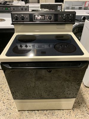 "30"" GE ELECTRIC STOVE GLASS TOP WITH WARRANTY for Sale in Lake Ridge, VA"
