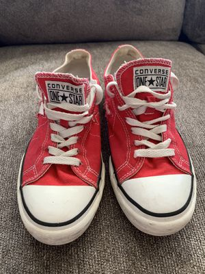 Pre owned women's converse 9.5 for Sale in Halethorpe, MD