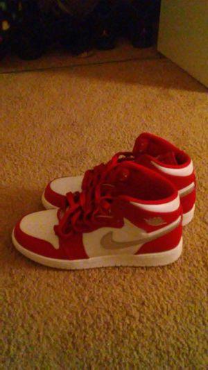 Boys Jordan 1 Red/Silver Size 7 for Sale in Takoma Park, MD