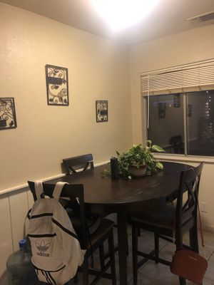 Kitchen table for Sale in Chico, CA