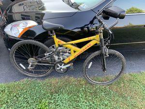 Mongoose mountain bike cruiser for Sale in Irwin, PA