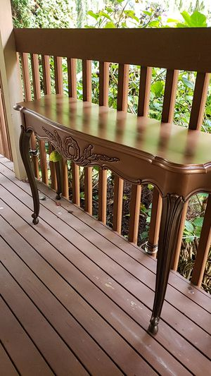Sofa table for Sale in Snohomish, WA