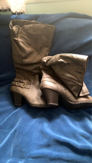 Gray heel boots for Sale in Egg Harbor City, NJ