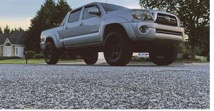 Gray 2009 Toyota Tacoma 4WDWheels Good for Sale in Washington, DC