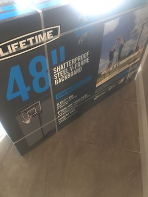 Lifetime basketball hoop for Sale in Oakland Park, FL