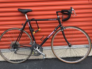 "Vintage Trek 1200 Road Bike 22"" LARGE frame 700c Wheels! Needs Tune up! for Sale in Burr Ridge, IL"