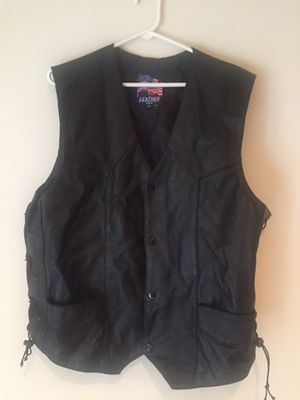 Leather Motorcycle vest XL for Sale in New Market, MD