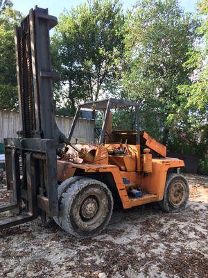 1987 Clark Forklift 20 libras todo trabaja muy bien for Sale in Houston, TX